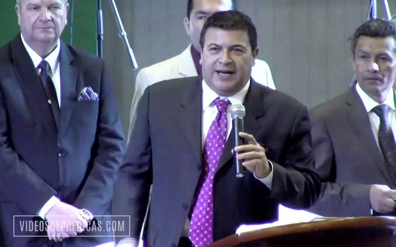 El Pastor Elias Limones expone en su predicacion nuestro deber de defender todo lo que Dios nos ha entregado y confiado