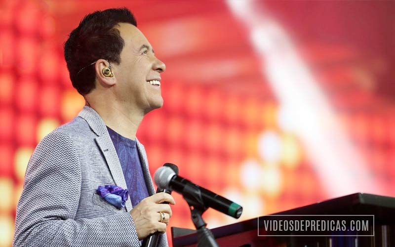 El Pastor Ricardo Rodriguez Predica que sin importar las circunstancias Dios tiene el poder de cambiar cualquier situacion