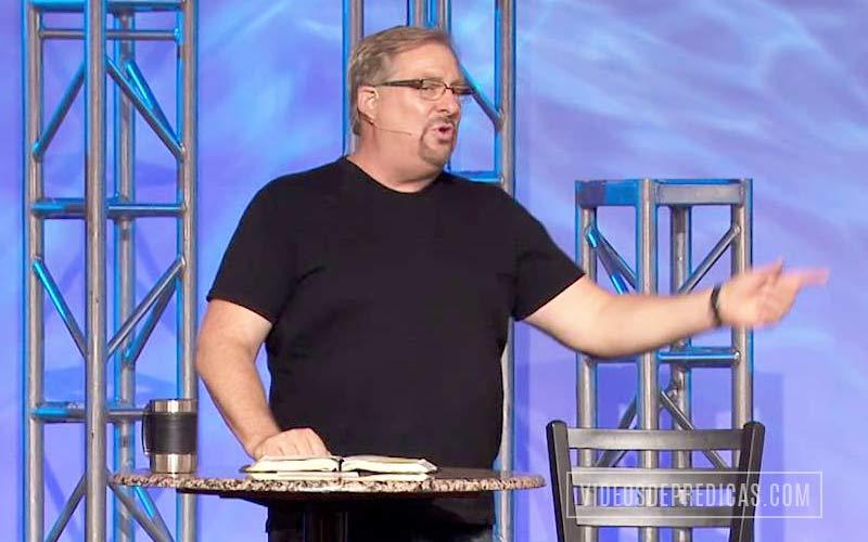 Rick Warren, Pastor de Saddleback Church, predica sobre la responsabilidad que tienen aquellos de cumplir y permanecer en el llamado de Dios